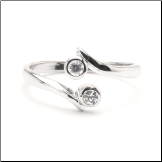 10KT White Gold Toe Ring with Double CZ